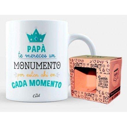 """Tassa """"Papa et mereixes un monument per ser-hi en cada moment"""""""