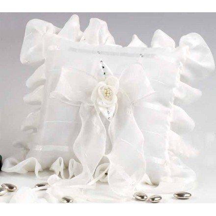 Cojín alianza cuadros marfil flor perlitas