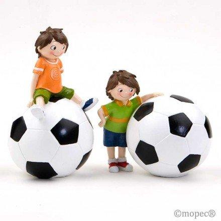2 Piggy footballer